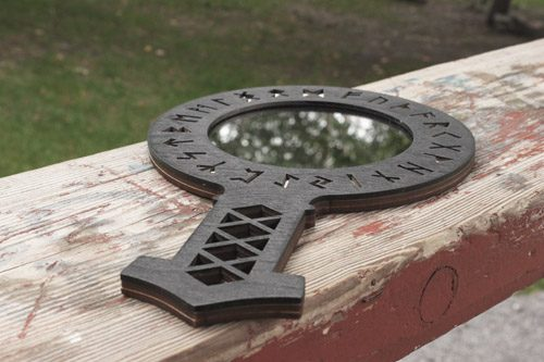 Käsipeili - Viikinkikompassi